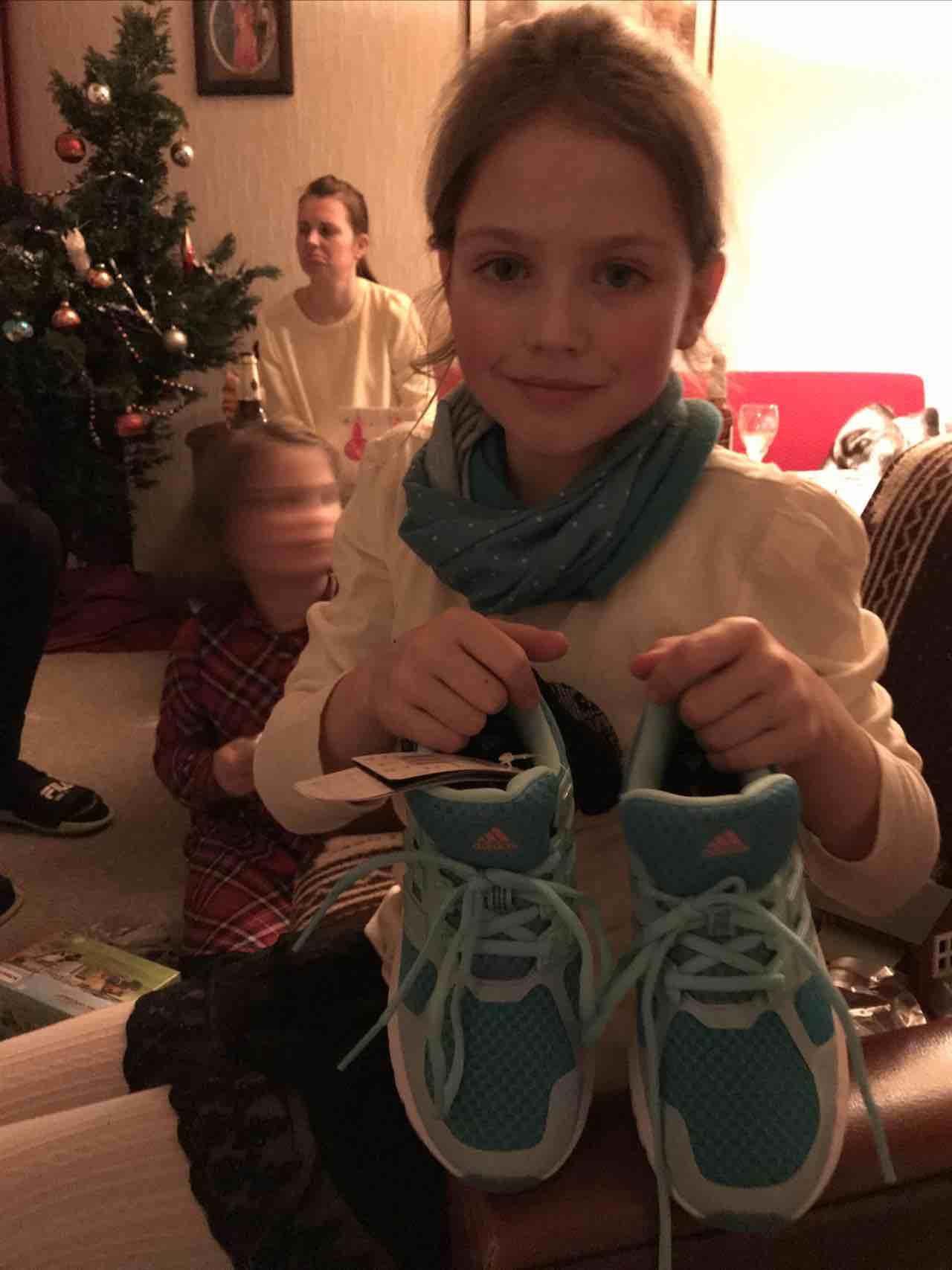 ShopScout mit liebstem Weihnachtsgeschenk